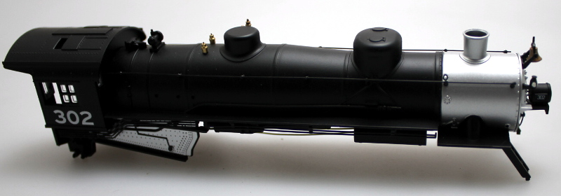 LOCO SHELL #302 (HO 2-8-2 DCC SOUND)