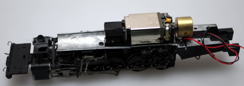 Loco Chassis w/Motor & Drive Wheels - Black Wheels (HO 2-10-2)
