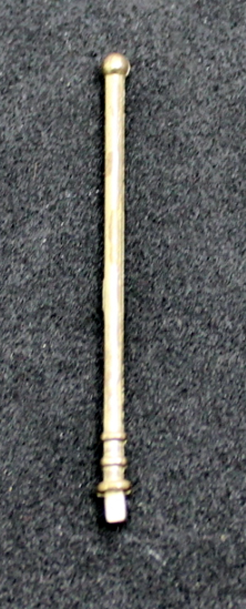 Small Flagstaff - Gold (Large-4-4-0)
