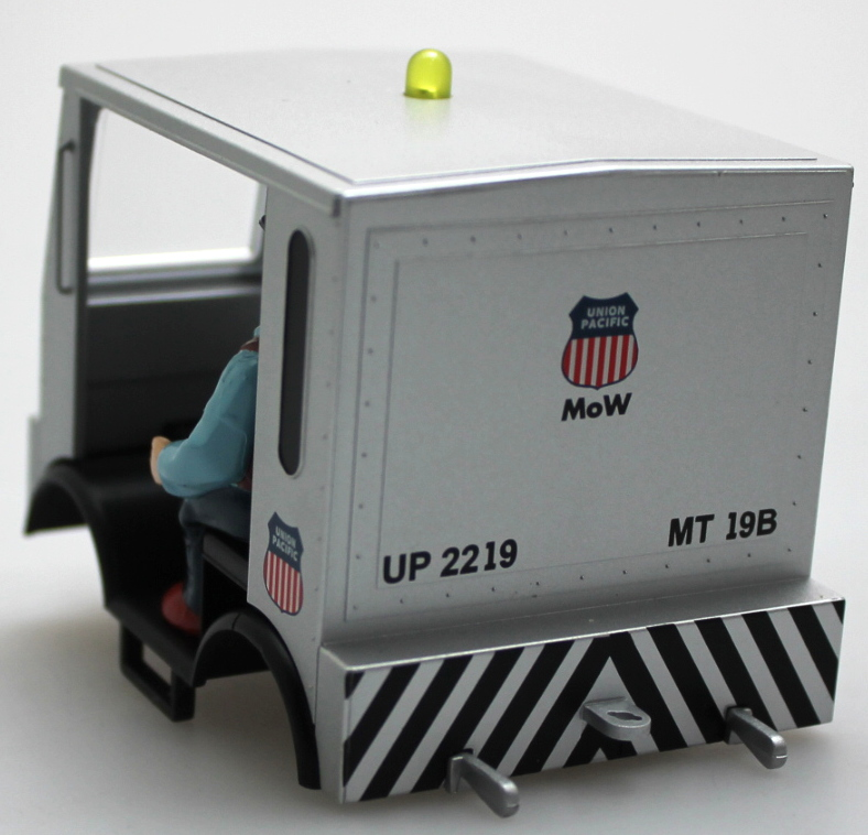 Shell w/Figures - Union Pacific (G Scale Speeder)