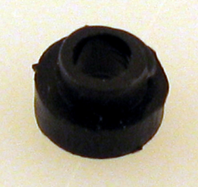Roller Pickup Top Insulator (O Scale Steam)