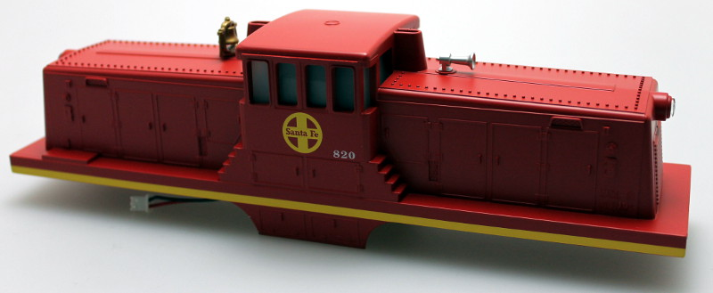Body Shell w/ Sound Unit-Santa Fe #820 (O Scale 44 Ton)