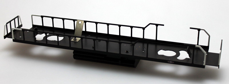 Loco Underframe-Blk Frm, White End Rails (O Scale GP38)