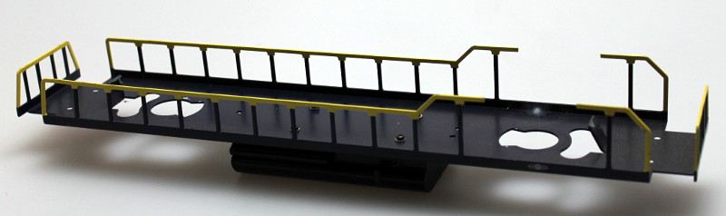 Loco Underframe-Blue Frm, Blue&Yellow Rails (O Scale GP38)