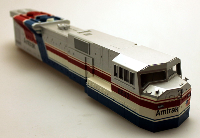 Body Shell - Amtrak #8643 (O Scale SD-90) - Click Image to Close