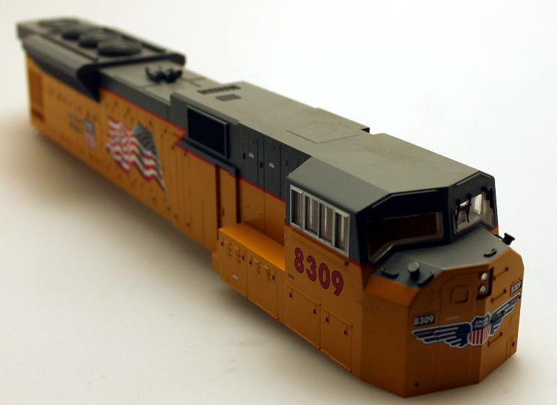 Body Shell - Union Pacific #8309 (O Scale SD-90) - Click Image to Close