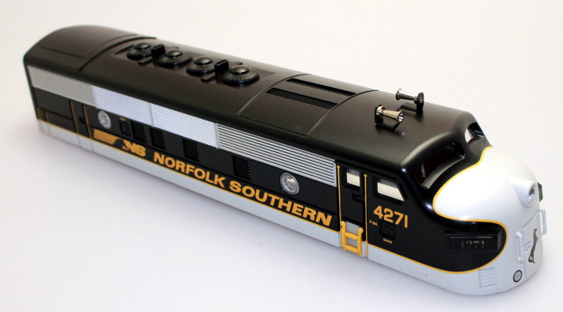 Body Shell - Norfolk Southern #4271 (O Scale F3-A)