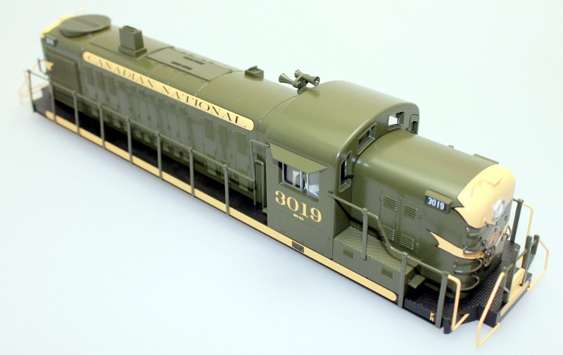 Body Shell - Canadian National #3019 (O Scale RS-3)