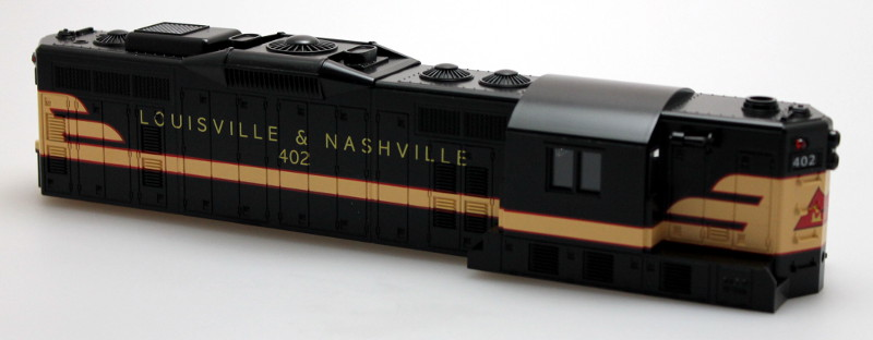 Body Shell-Louisville & Nashville #402 (O Scale GP9)