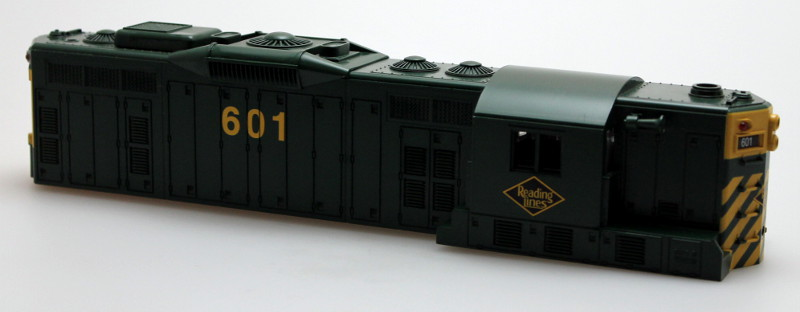Body Shell-Reading Lines #601 (O Scale GP9)