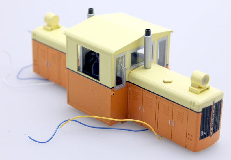 Body Shell - Orange & Cream (ON30 50 Ton Diesel)