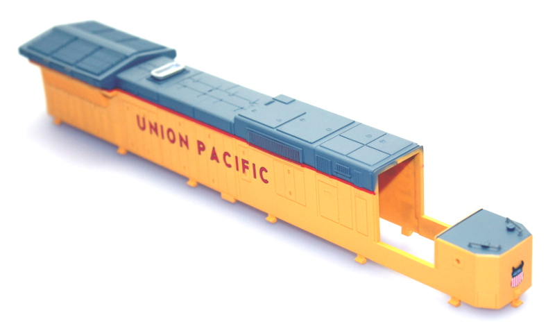 Shell, Incompleted - Union Pacific #9202 (HO Dash 8-40C)