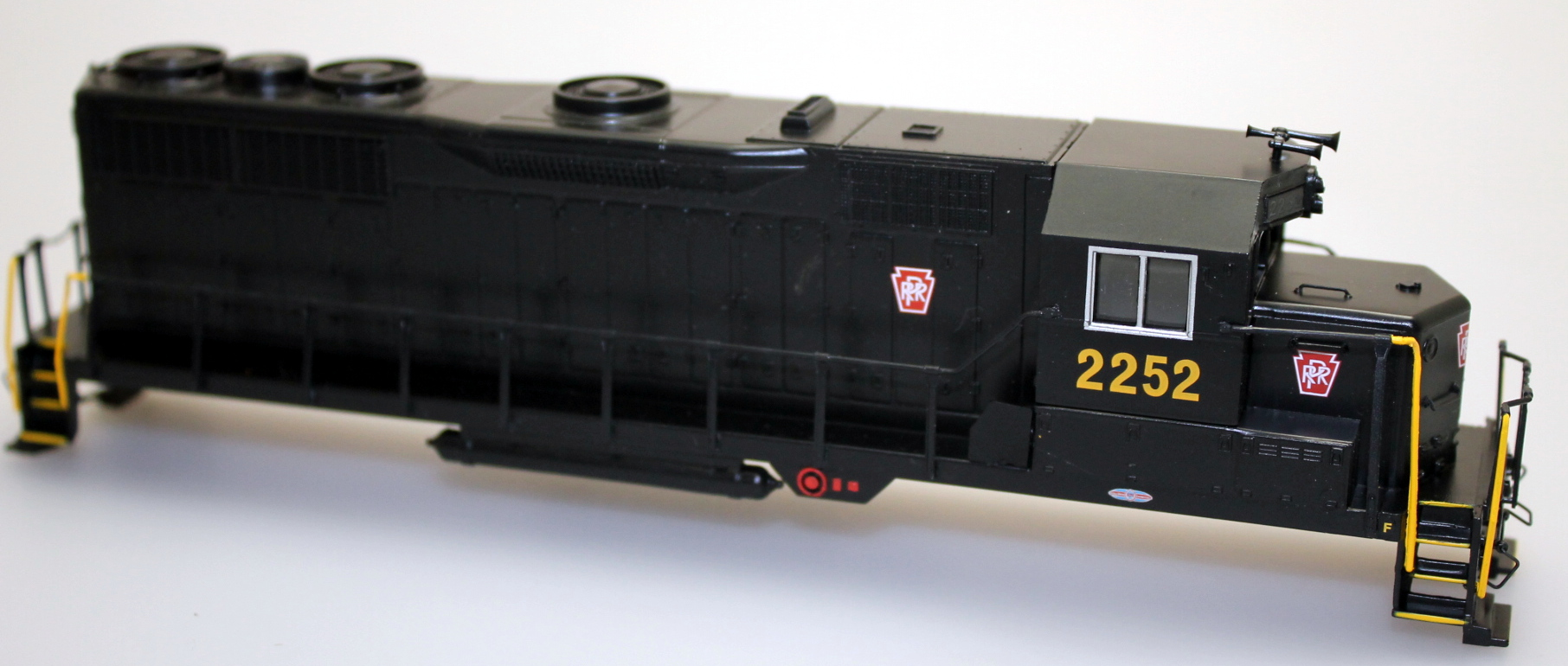 Shell - PRR #2252 (HO GP35)