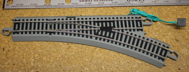 Remote Turnout Track - Right, Nickel Silver (HO/On30 Scale)