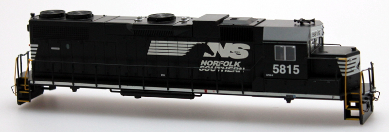 Body Shell - Norfolk Southern #5815 (HO GP38-2)
