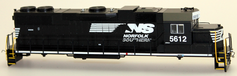 Body Shell - Norfolk Southern #5612 (HO GP38-2)