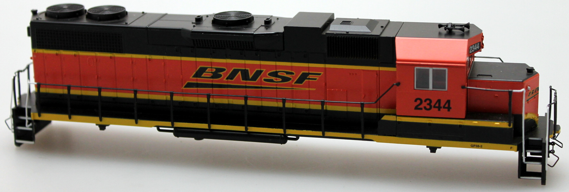 Body Shell - BNSF #2344 (HO GP38-2)