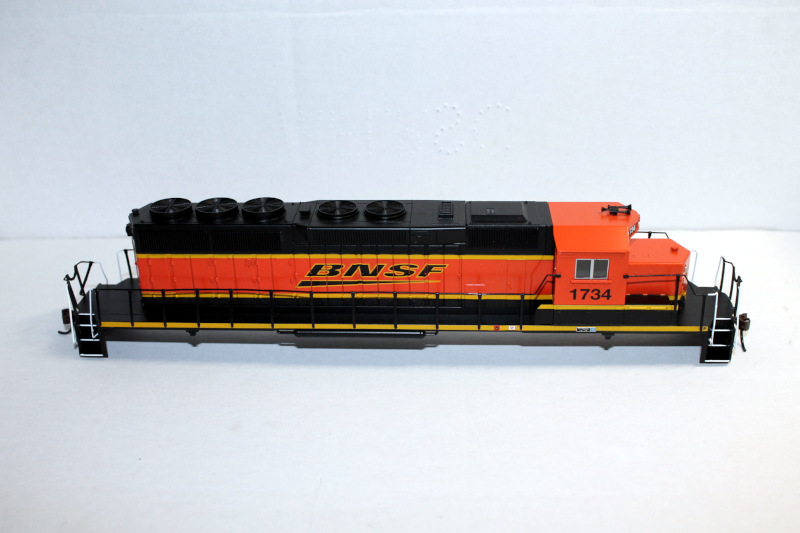 Body Shell- BNSF #1734 ( HO SD40-2 )