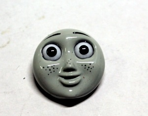 Face Plate w/ Eyes ( HO Scale Rosie Red )