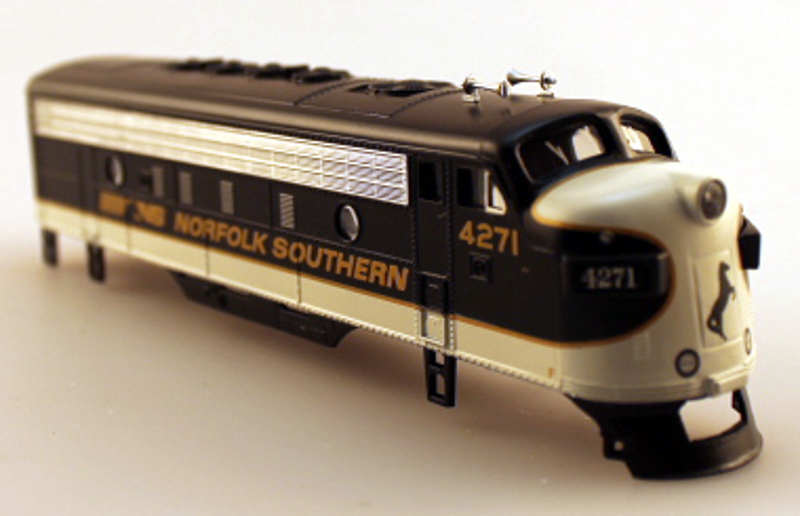 Body Shell - Norfolk Southern #4271 (HO F7-A)