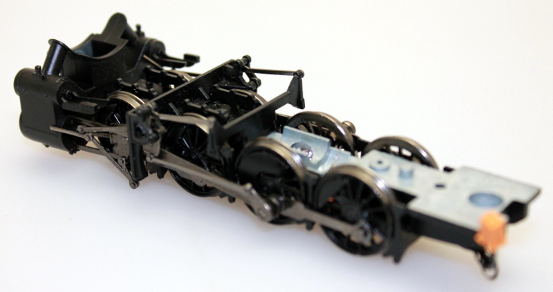 Chassis - Black Drive Wheels & Black Cylinder (HO 2-8-0)