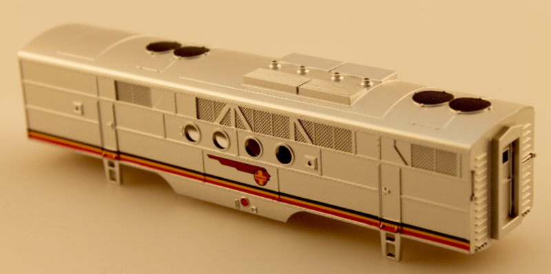 Body Shell - Santa Fe (Silver&Red - Black Vent) (HO: FT-B)