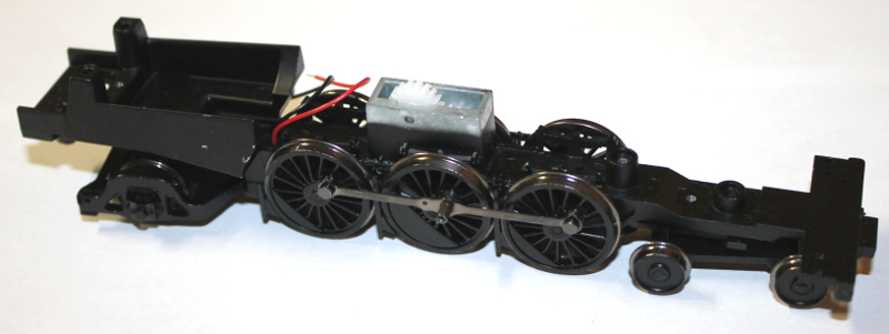 Loco Chassis w/Drive Wheel Assy - Black (HO 4-6-2 Light Pacific)