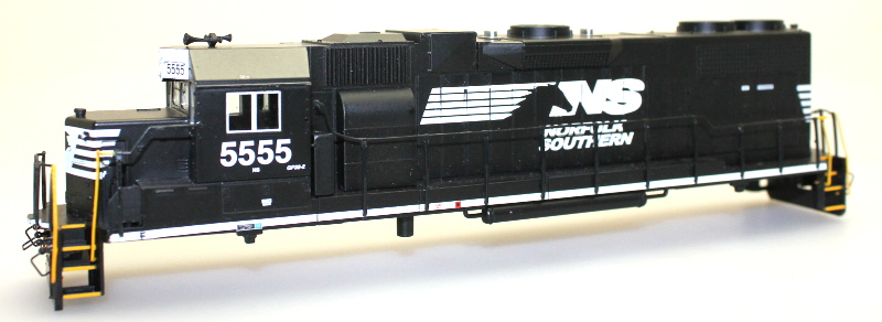 Body Shell - Norfolk Southern #5555 (HO GP38-2)