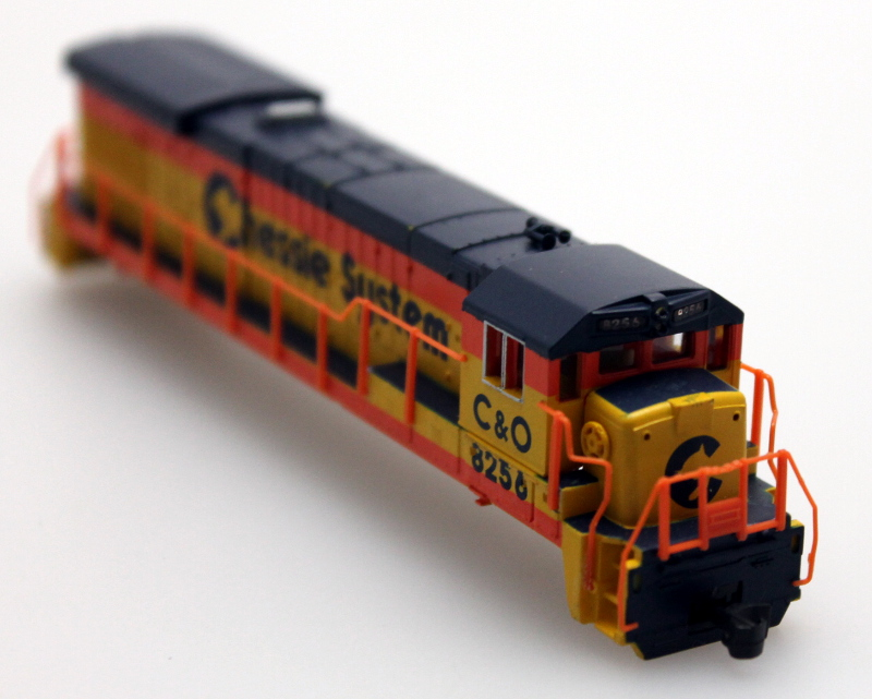 Body Shell - Chessie System C&O #8256 (N B23-7/B30-7)