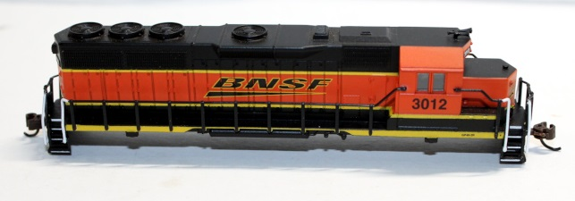 Body Shell-BNSF #3012 ( N GP40 )