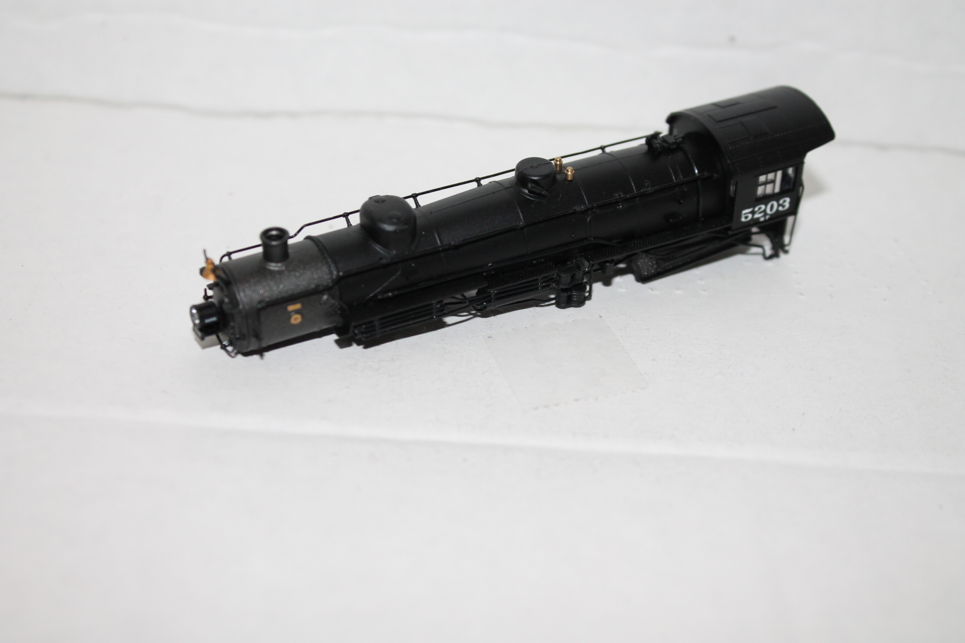 Loco Shell #5203 ( N scale 4-8-2 Sound )