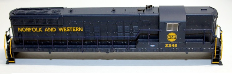 Shell-N&W #2346 ( N scale SD9 sound )