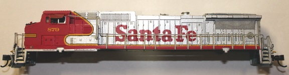 Santa Fe shell ( N scale) Dash8-40CW