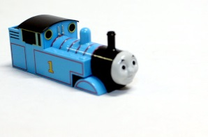 Loco Shell Thomas ( N scale Thomas )