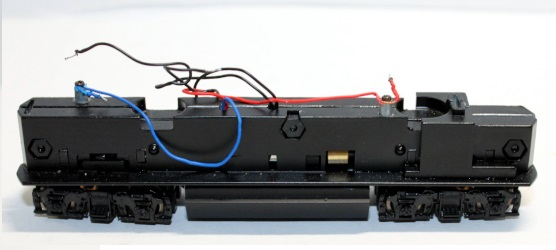 Loco Chassis No PCB board ( N GP40 )